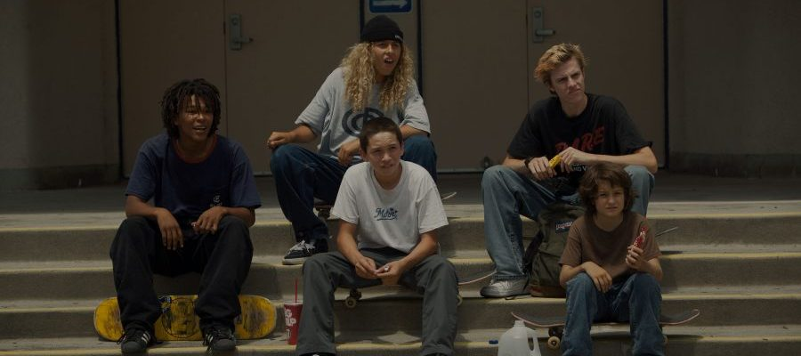 """Photo of Interview: The """"mid90s"""" Cast Talks Skateboarding and Entering the World of Entertainment"""